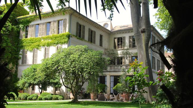 La Divine Comédie maison d'hôte très particulière grandes suites spa très privé centre-ville d'Avignon maisons d'hôte de luxe